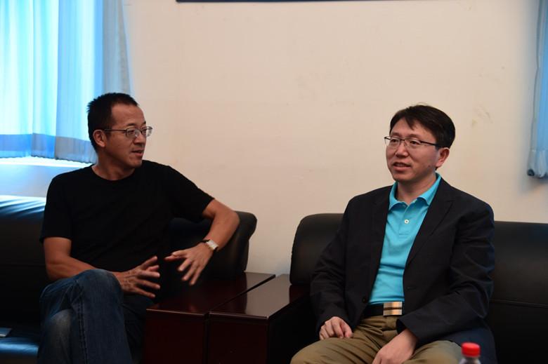 曲昭伟副书记介绍了北邮以及沙河校区的情况